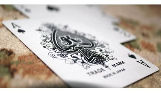 Cea mai variata gama de carti de joc de poker, magie si cardistry